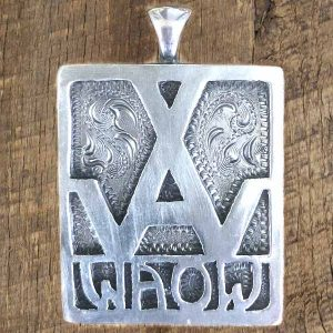 WAOW Engraved Pendant